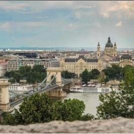 Buy property from professionals (Budapest)